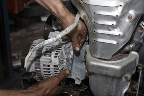 Dismantling an alternator
